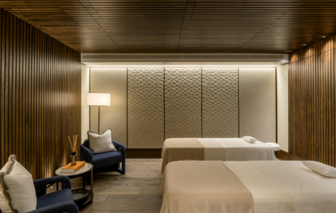 Luxurious treatment rooms